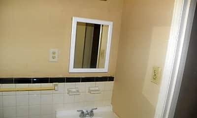 Bathroom, 3569 Kensett Dr, 2