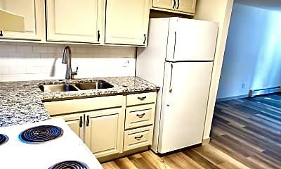 Kitchen, 2915 Straus Ln, 1