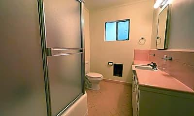 Bathroom, 3910 Prospect Ave, 2
