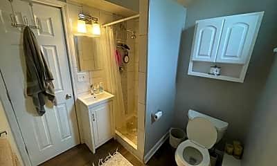 Bathroom, 1817 N Humboldt Ave, 2