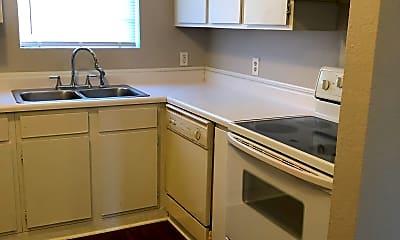 Kitchen, 921 NW Summercrest Blvd, 0