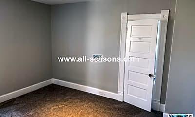 Bedroom, 114 E Espanola St, 2