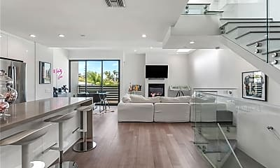 Living Room, 823 N Fuller Ave E, 0