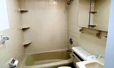 Bathroom, 1207 43rd St 3, 2