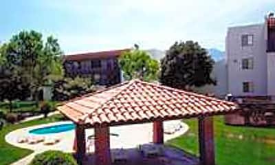 Sierra Carmichael Apartments, 1