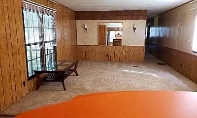 Living Room, 23445 Lous Way, 1