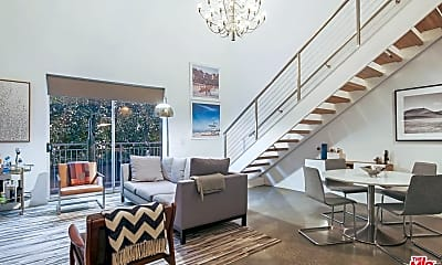 Living Room, 123 N Kings Rd 6, 1
