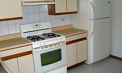 Kitchen, 381 - 384 Oak Trails Road, 1