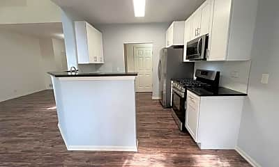 Kitchen, 955 Kensington Dr, 0