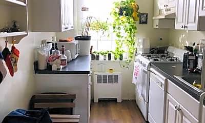 Kitchen, 674 Perth Pl, 2