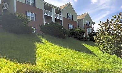 Castle Ridge Apartments, 2