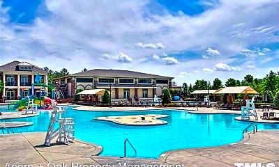 Pool, 2002 Remington Oaks Cir, 1