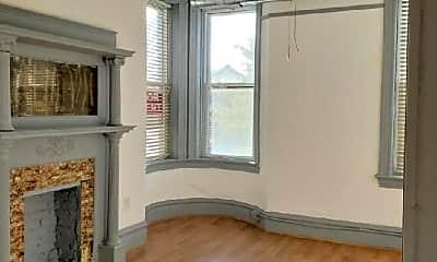 Bedroom, 851 N Ashland Ave, 2