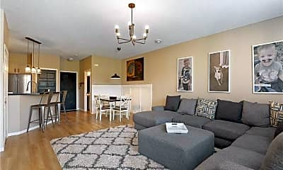 Living Room, 11015 Oakgrove Cir, 1