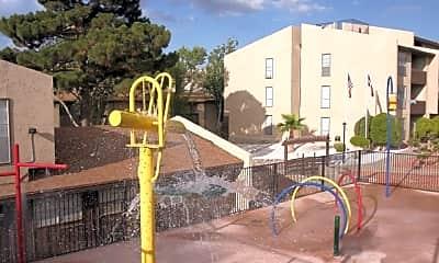 Playground, Luna Verde, 2