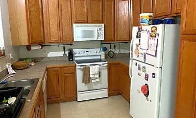 Kitchen, 5216 Drakes Ct, 1