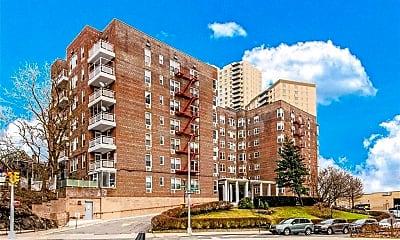 Building, 601 Kappock St 1M, 0