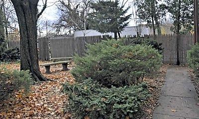 Courtyard, Woodbury Court, 1