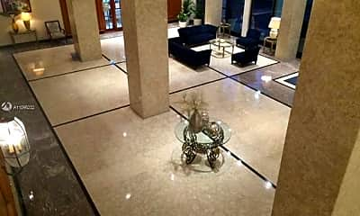 5601 Collins Ave 1115, 2