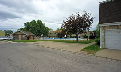 414 Farmingdale Cir 414, 2