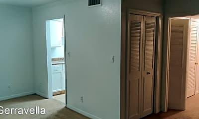 Kitchen, 295 Wymore Rd, 2