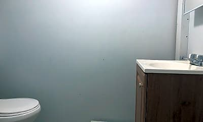 Bathroom, 48 Rutgers Ave, 2