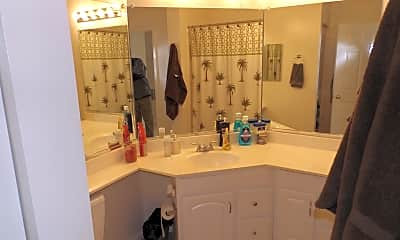 Bathroom, 20283 Beechwood Terrace, 2