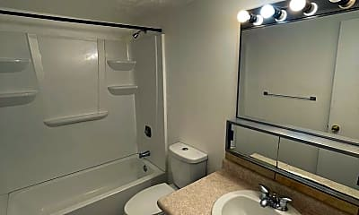 Bathroom, 2015 J St, 2
