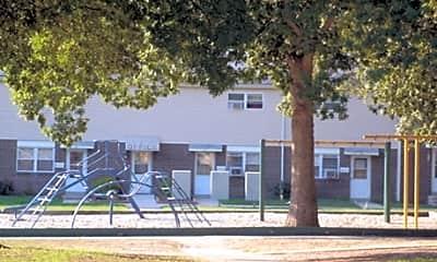 Tarkiln Park Apartments, 1