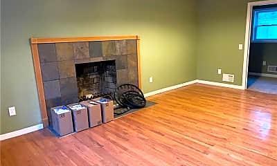 Living Room, 280 Ashley Dr, 1