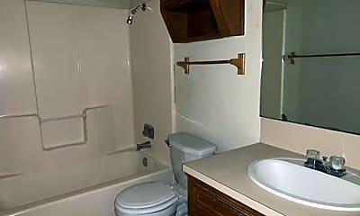 Bathroom, 4807 Rainbow Cir A, 2