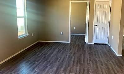 Living Room, 521 45th St, 1