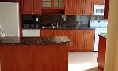 Kitchen, 18011 Biscayne Blvd, 0