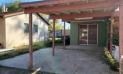Building, 4356 E 15th St, 1