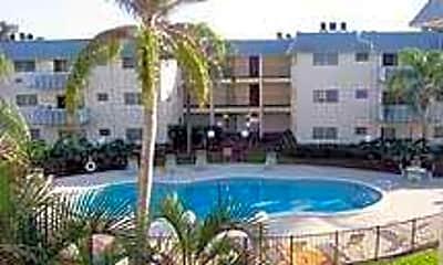 Palm Court Apartments, 1