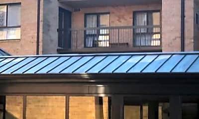 Building, 11410 Strand Dr R-401, 1