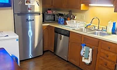 Kitchen, 2629 E Uintah St, 1