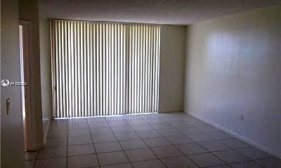 Living Room, 8215 SW 152nd Ave G-309, 1