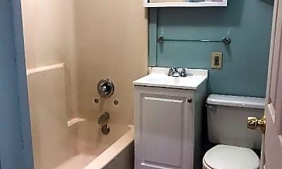 Bathroom, 9 Grant Ave, 2