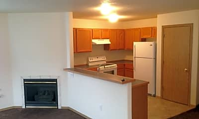 Kitchen, 8533 NE Russell St, 1