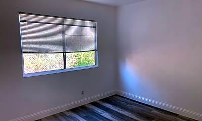 Living Room, 8522 MacArthur Blvd, 1