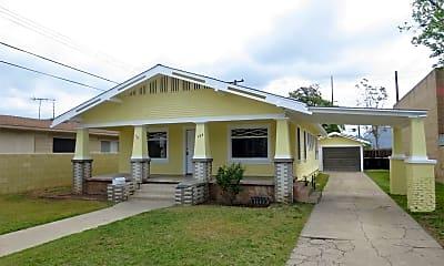 Building, 133 N Citrus St, 0