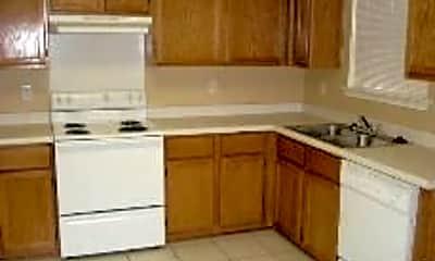 Kitchen, 7155 Still Hollow, 2