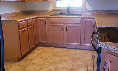 Kitchen, 118 Parkview Dr, 1