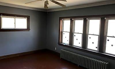 Bedroom, 4325 W Burleigh St, 1