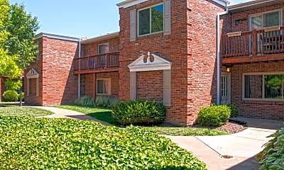 Building, Oakwood Apartments, 1