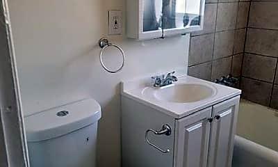 Bathroom, 234 N Chicago St, 2
