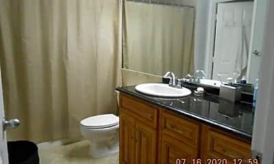 Bathroom, 720 S Sapodilla Ave, 2