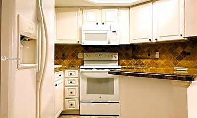 Kitchen, 8363 Lake Dr, 0