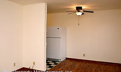 Bedroom, 1102 Leonard St, 1